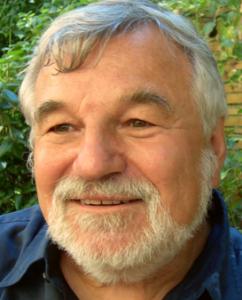 Prof.Manfred.Holler